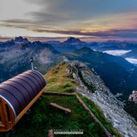 Сауна горной базы Rifugio Lagazuoi. Доломитовые Альпы, Национальный парк Доломити Беллунези, Кортина-д'Ампеццо, Италия. Фото: Mirco Volpi
