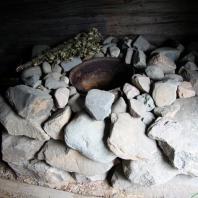 Традиционная финская дымная сауна (savusauna). Фото: RundgrenR